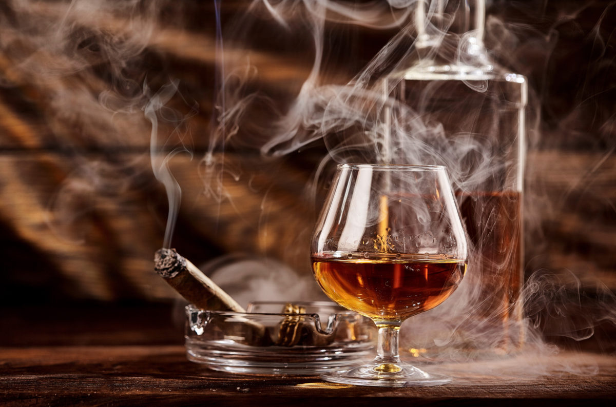 Which drinks go best with cigars